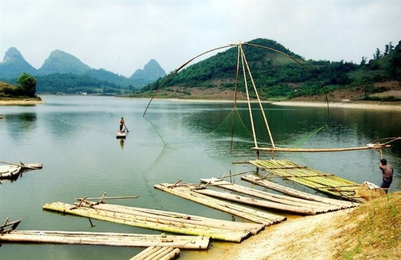 A river in Bac Son district, Lang Son province (Photo: VNA)