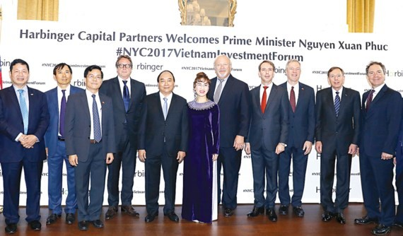 Vietnamese Prime Minister Nguyen Xuan Phuc participates in a conference about Vietnam- U.S investment cooperation.