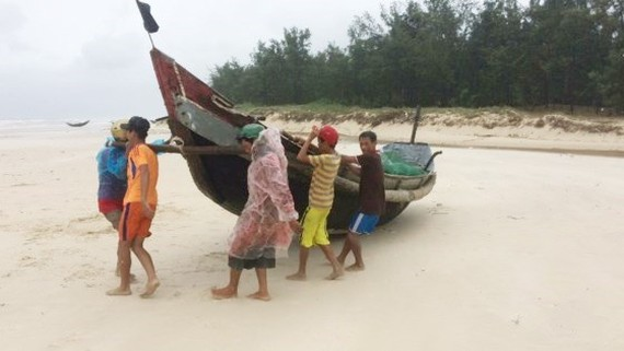 Local fishing vessels are moved to safe place to avoid the bad weather