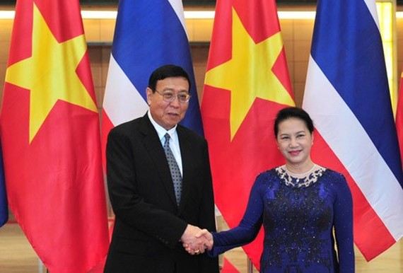 Vietnamese National Assembly Chairwoman Nguyen Thi Kim Ngan and President of National Legislative Assembly of the Kingdom of Thailand Pornpetch Wichitcholchai