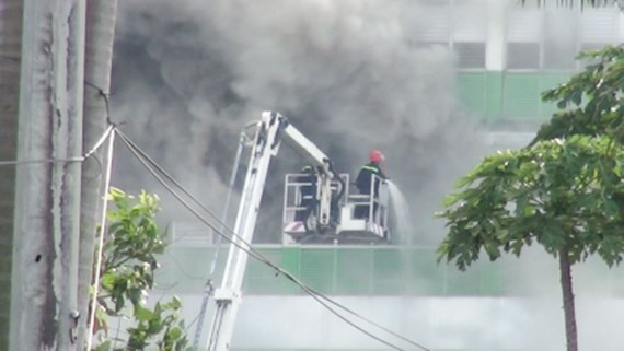 Huge fire happens in Pouyuen Vietnam Company in Binh Tan district