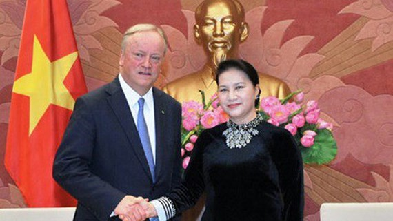 Vietnamese National Assembly Chairwoman Nguyen Thi Kim Ngan and Chairman of Deloitte's global organization David Cruickshank (Photo:VNA)