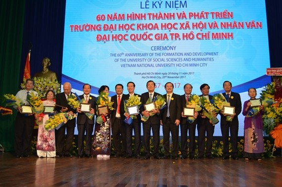 The 60th establishment anniversary of HCMC University of Social Sciences and Humanities falls on Teacher's Day (November 20)