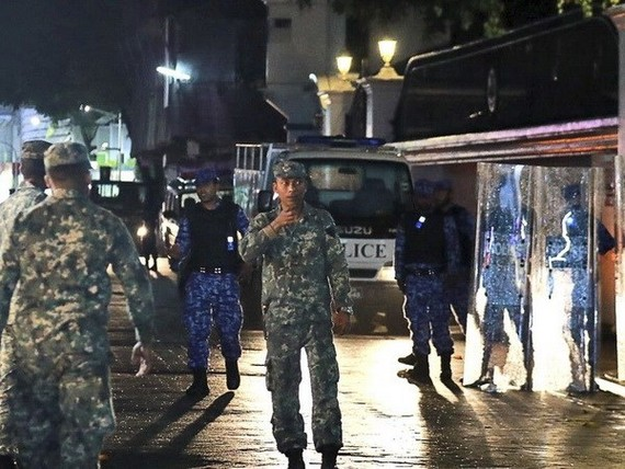 Security forces in the Maldives (Source: yahoo.com)