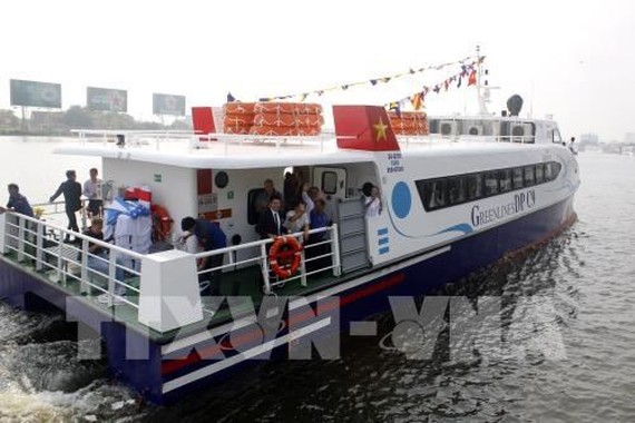 Each high-speed boat is equipped with air-conditioner, televisions, wifi and life-jackets.(Photo: VNA)