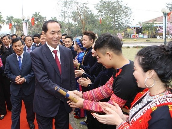 President Tran Dai Quang in the village (Source: VNA)