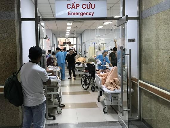 Số người nhập viện cấp cứu luôn gia tăng trong những ngày nghỉ lễ