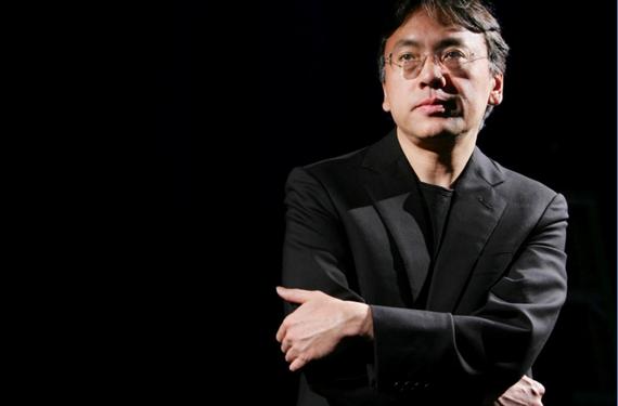 Nhà văn Kazuo Ishiguro. Ảnh: REUTERS