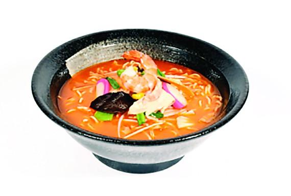 Khai trương nhà hàng Ringer Hut Trương Định