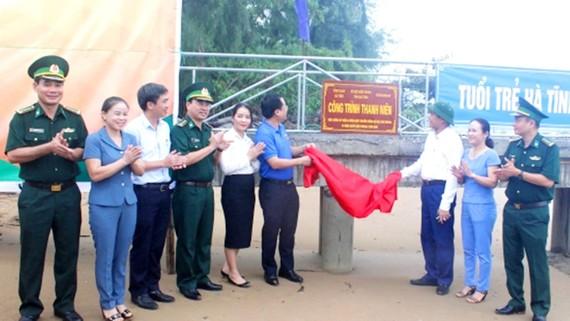 Khánh thành cầu kiểm soát tàu thuyền tại Trạm kiểm soát Biên phòng Cửa Nhượng