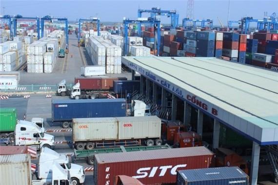 """因涉嫌213個暫時進口再出口貨物集裝箱""""失蹤""""案,又1 海關幹部被捕。(示意圖源:互聯網)"""