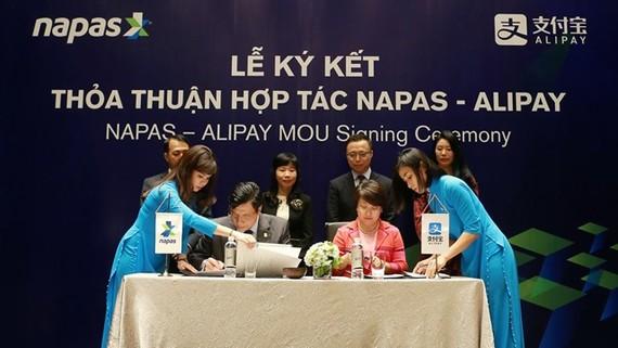 NAPAS 與 Alipay雙方簽訂戰略協議,正式確立合作關係。