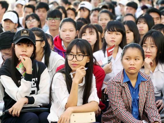 眾多高中生參加職業導向咨詢。(示意圖源:互聯網)