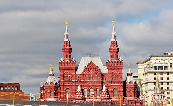 這座古老而神聖的紅場,曾見證俄羅斯多個重要時刻,是莫斯科歷史的 見證,也是莫斯科人的驕傲。