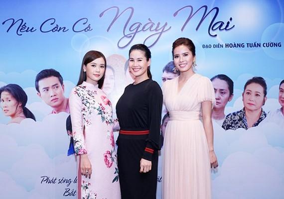 Bộ ba nữ diễn viên chính tham gia trong phim: Sam, Thân Thúy Hà, Bella Mai