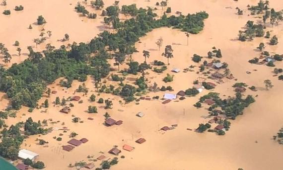 Ngập lụt diện rộng ở Lào vì sự cố vỡ đập thủy điện. Ảnh theo ABC Laos News