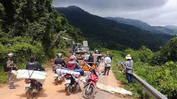 Bình Thuận yêu cầu các chủ đầu tư và đơn vị thi công khi triển khai thi công xây dựng công trình trên địa bàn phải đặt những biển báo với nội dung thông báo mang tính nhân văn