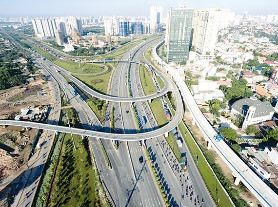 HCMC needs $5.64 billion for development investment (Photo: SGGP)