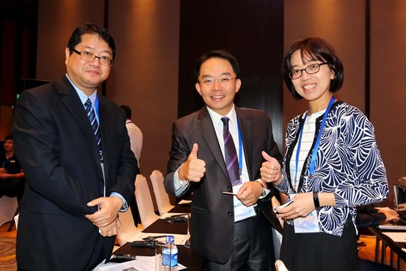 International delegates take part in the APEC SME Finance Forum in HCM City. (Photo: VNA)