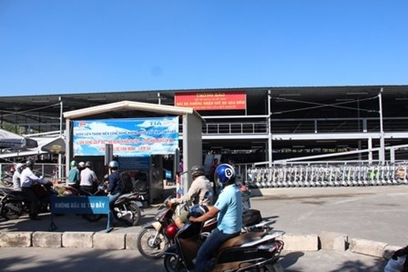 The parking lot at Tan Son Nhat Airport (Photo: baogiaothong)