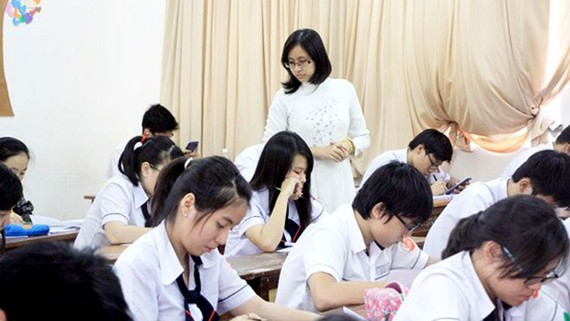 HCMC permits all students to stay at home to avoid typhoon Tembin on December 25-26 (Photo: SGGP)