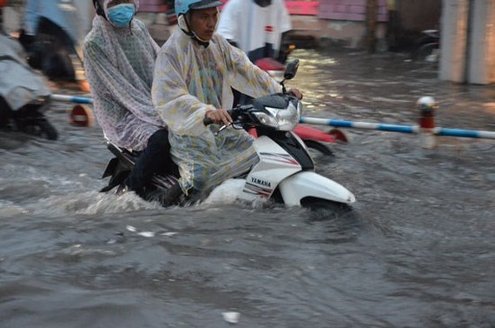 Ngập nước, kẹt xe là các vấn nạn cần giải quyết rốt ráo