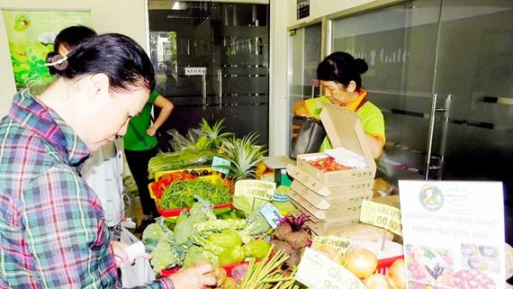 Người tiêu dùng TPHCM ưu tiên sử dụng sản phẩm nông nghiệp công nghệ cao