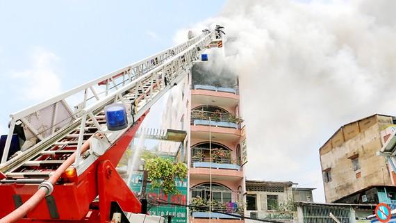 Một vụ cháy tại hộ kinh doanh gần chợ Kim Biên