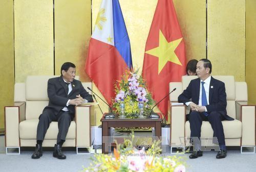 Chủ tịch nước Trần Đại Quang gặp song phương Tổng thống Philippines Rodrigo Duterte. Ảnh: TTXVN