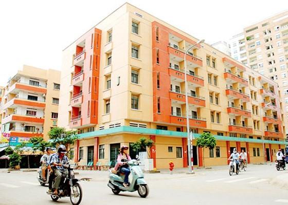 Những căn hộ giá rẻ, khang trang luôn là ước mơ của người lao động nghèo (ảnh: Khu chung cư Bàu Cát 2 tại quận Tân Bình). Ảnh: CAO THĂNG