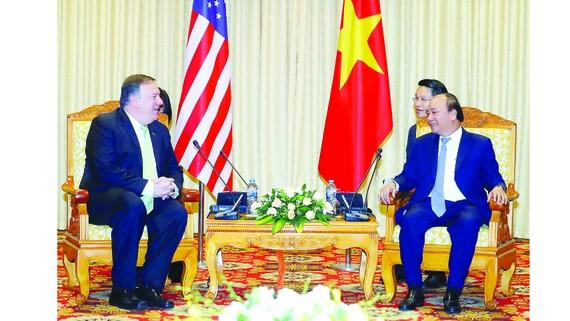 Thủ tướng  Nguyễn Xuân Phúc tiếp Bộ trưởng Ngoại giao Hoa Kỳ Michael Pompeo  thăm chính thức Việt Nam