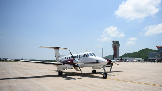 Chuyến bay đầu tiên đáp xuống sân bay Vân Đồn