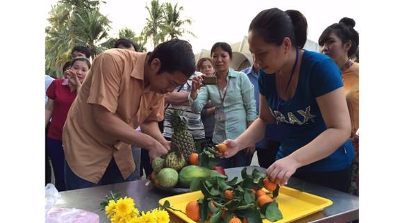 Công nhân Công ty Thực phẩm Cầu Tre thích thú  với ngày hội văn hóa của công ty