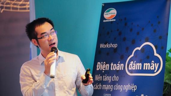 Ông Nguyễn Tiến Dũng - Giám đốc Viettel IDC trình bày tại hội thảo