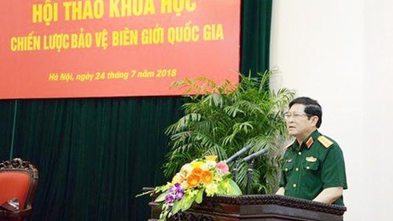 Đại tướng Ngô Xuân Lịch chủ trì hội thảo. Ảnh: VOV