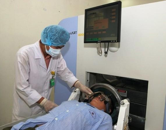 Xạ trị cho bệnh nhân ung thư phổi tại Bệnh viện K