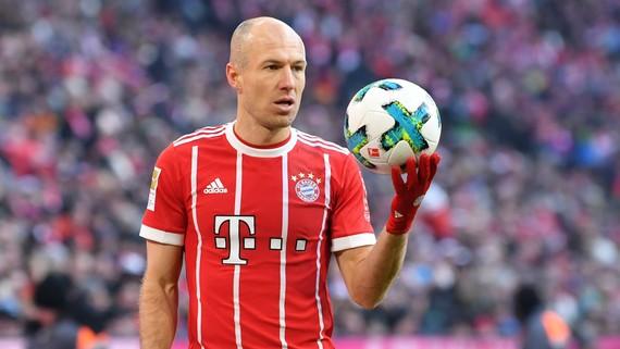 Arjen Robben sẽ hết hạn hợp đồng với Bayern Munich vào cuối mùa giải này và hiện vẫn đang để ngỏ tương lai - Ảnh: Goal
