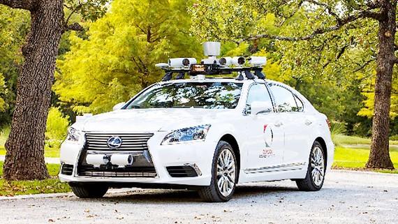 Toyota dừng thử nghiệm xe tự lái