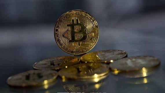 Iran đã cấm các ngân hàng và các tổ chức tín dụng cho phép giao dịch bằng tiền điện tử, bao gồm cả đồng Bitcoin. Nguồn: TTXVN