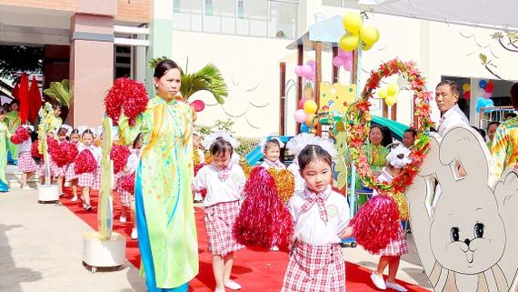Học sinh Trường Mầm non Anh Đào (quận Gò Vấp) trong ngày khai giảng năm học 2017-2018