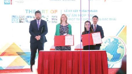 """UNESCO cùng Coca-Cola phát động """"Cuộc thi tái chế sáng tạo"""""""