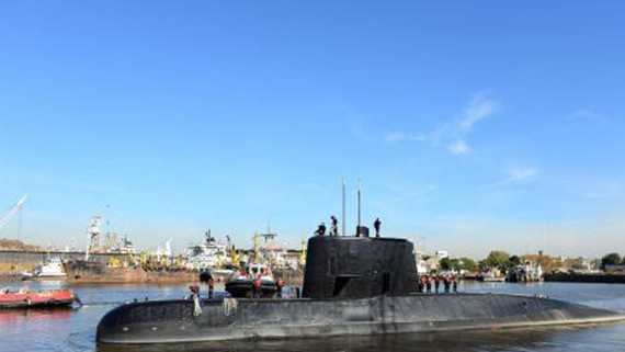 Tàu ngầm ARA San Juan của Argentina trong ảnh chụp ngày 2-6-2014. Ảnh: THX/TTXVN
