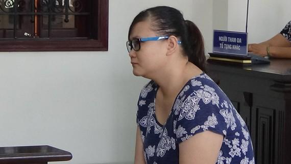 TAND huyện Bình Chánh TPHCM tuyên phạt Trần Thị Hồng Phúc 18 tháng tù về tội bạo hành trẻ