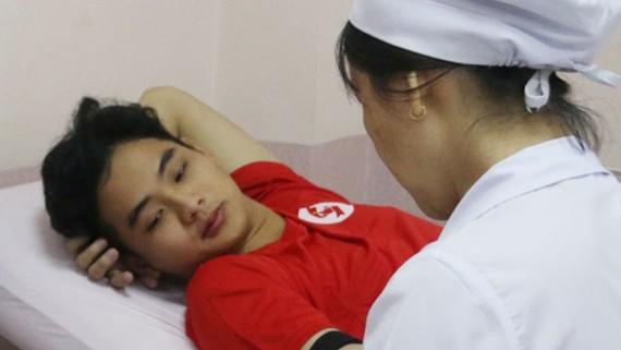 Gần 1.000 đơn vị máu hỗ trợ cấp cứu và điều trị
