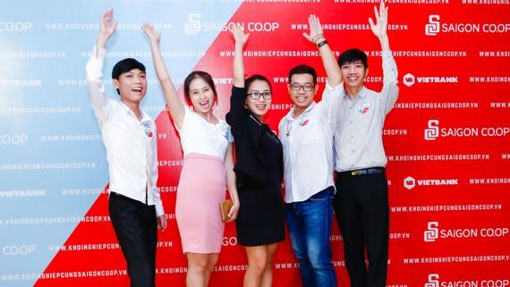 """Dàn thí sinh giàu khát khao chiến thắng của """"1 tỷ khởi nghiệp cùng Saigon Co.op"""""""