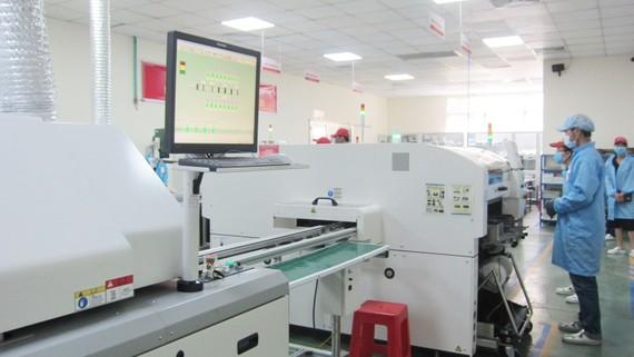 Dây chuyền sản xuất LED theo công nghệ Nhật Bản của Điện Quang