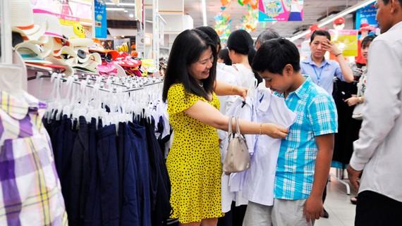 Nhiều sản phẩm phục vụ mùa khai trường đang được giảm giá tại hệ thống siêu thị Co.opmart