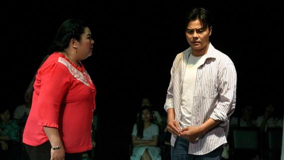 Một cảnh trong vở kịch 'Bên đàng dệt mộng'