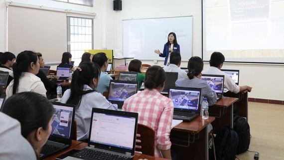 Một lớp học trực tuyến của Trường ĐH Mở TPHCM