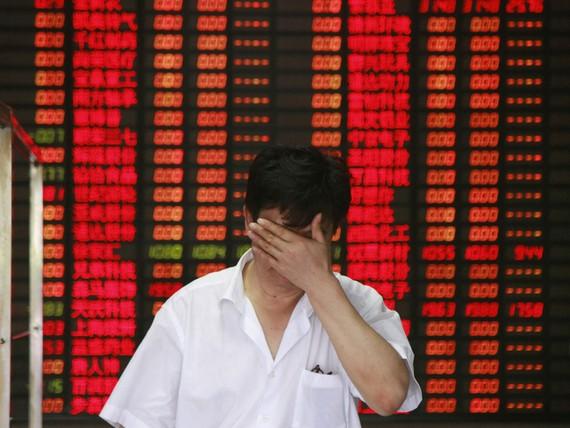 """Thị trường chứng khoán Trung Quốc vừa trải qua """"thứ 2 đen tối"""""""
